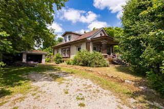 105 N Birch St, Hillsboro, KS 67063