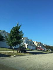 711 Savannah Ln, Crystal Lake, IL 60014