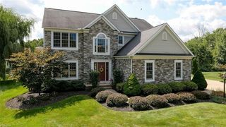 845 Stone Hill Oval, Aurora, OH 44202