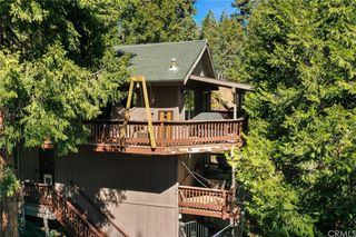 678 Wellsley Dr, Lake Arrowhead, CA 92352