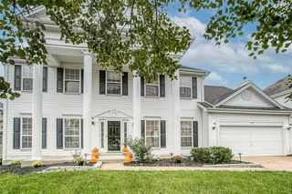 240 Dejournet Dr, Chesterfield, MO 63005