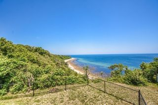38 Shore Dr, Plymouth, MA 02360