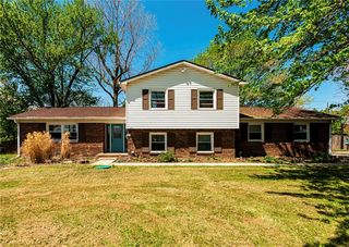 6510 Sunnyside Rd, Indianapolis, IN 46236