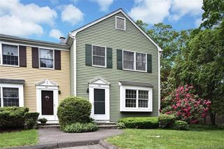 86 Hoyt St, New Canaan, CT 06840