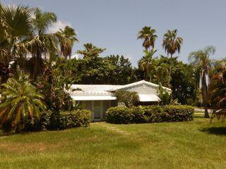 1749 NE 15th St, Fort Lauderdale, FL 33304