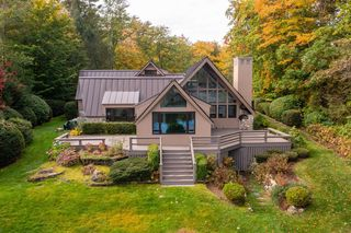 115 Springfield Point Rd, Wolfeboro, NH 03894