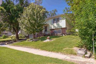 2415 Cedarwood Ave, Lawrence, KS 66046