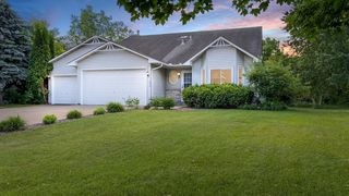 1290 109th Ave NW, Coon Rapids, MN 55433