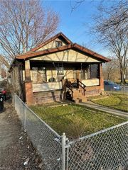 4017 W 23rd St, Cleveland, OH 44109