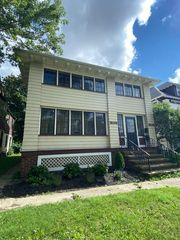 9403 Clifton Blvd #2, Cleveland, OH 44102