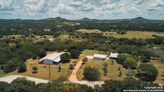 1460 Live Oak Rdg, Bandera, TX 78003