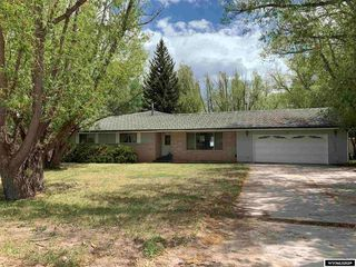 45 2nd St, Mountain View, WY 82939