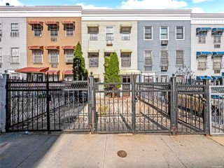 1517 Popham Ave, Bronx, NY 10453