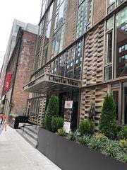 505 W 43rd St, New York, NY 10036