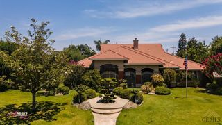 1624 Country Breeze Pl, Bakersfield, CA 93312