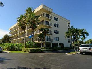 1045 Ocean Dr, North Palm Beach, FL 33408