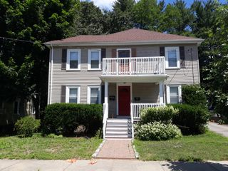 113 Warwick Rd #113, West Newton, MA 02465
