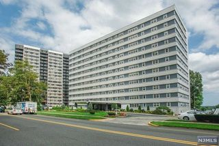 280 Prospect Ave #11F, Hackensack, NJ 07601