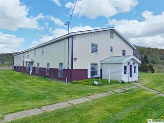 98 Sun Valley Rd, Eldred, PA 16731
