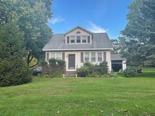 526 Grange Rd, Troy, NY 12182