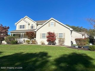 20 Sycamore Dr, Drums, PA 18222