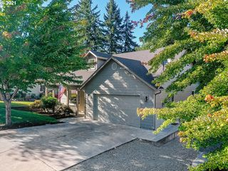2210 Ibsen Ave, Cottage Grove, OR 97424