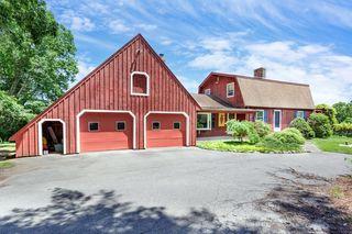 223 Farm St, Blackstone, MA 01504
