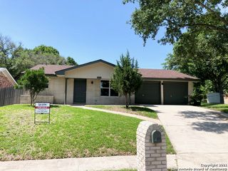 3526 Clearfield Dr, San Antonio, TX 78230