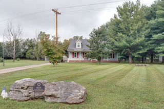 4055 Caney Creek Ln, Chapel Hill, TN 37034
