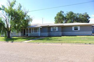 201 E 2nd St, Kress, TX 79052