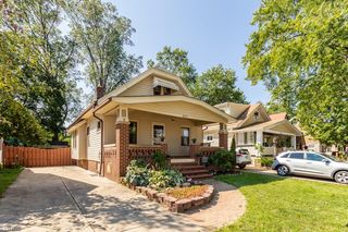 3217 Archmere Ave, Cleveland, OH 44109