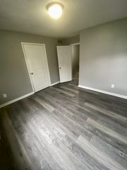 2012 King Ave, Des Moines, IA 50320