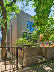 937 W Wrightwood Ave #B, Chicago, IL 60614