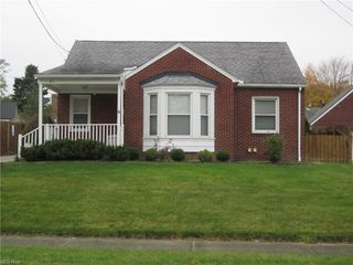 62 Parkgate Ave, Youngstown, OH 44515