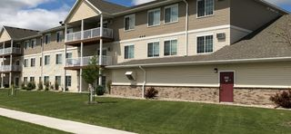3530 S 15th St, Grand Forks, ND 58201