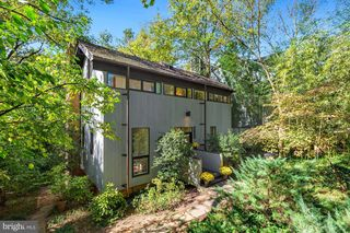 5136 Wissioming Rd, Bethesda, MD 20816