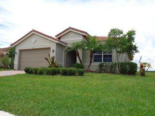 843 Bent Creek Dr, Fort Pierce, FL 34947