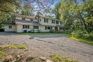 40 Vienna Hills Rd, Hackettstown, NJ 07840