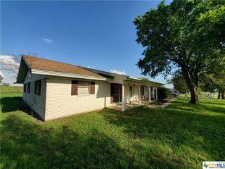 501 N 8th St, Buckholts, TX 76518