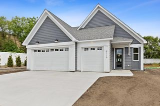 6119 Rivlyn Ave NW, Ramsey, MN 55303