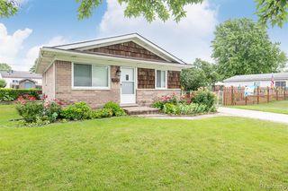 34532 Beaconsfield St, Clinton Township, MI 48035