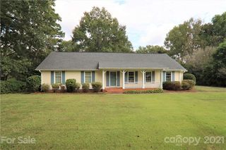 7220 Canterway Dr, Mint Hill, NC 28227