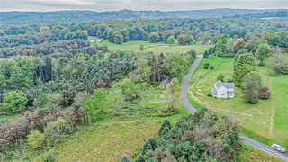 671 Lovejoy Rd, Commodore, PA 15729
