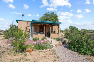 37B Nambe W, Santa Fe, NM 87508