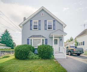 47 Exeter St, Fitchburg, MA 01420