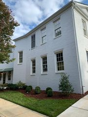 85 Town Center Dr, Huntsville, AL 35806