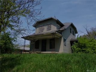 2521 W Riverview Ave, Dayton, OH 45402