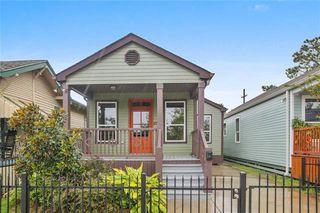 8705 Pritchard Pl, New Orleans, LA 70118
