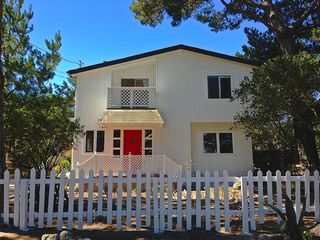 615 Lyndon St, Monterey, CA 93940
