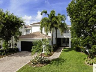 10371 Gentlewood Forest Dr, Boynton Beach, FL 33473